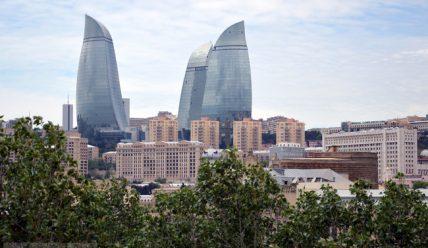 «Черт побери», или Здравствуй, Баку!