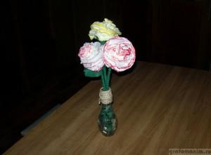 Цветы из бумажных салфеток