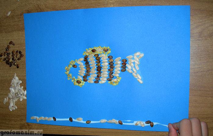 Аппликация семенами рыбка